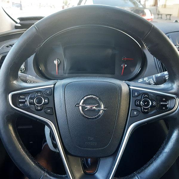 Samochod-osobowy Opel Insignia kombi